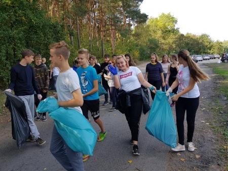 """Sprzątanie Świata – Polska 2018 pod hasłem """"Akcja –Segregacja"""""""