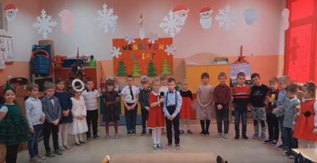 Jasełka w wykonaniu dzieci z grupy 0A [FILM]